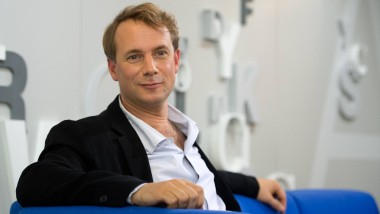 Schritt ins Digitale: Hanser-Verleger Jo Lendle