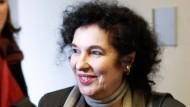 Verlegerin Ulla Berkéwicz-Unseld auf der Gläubigerversammlung des Suhrkamp Verlags im Amtsgericht Charlottenburg