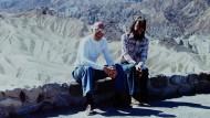 Wo Michelangelo Antonioni fünf Jahre zuvor sein Love-in gedreht hatte: Michel Foucault (links) mit Michael Stoneman 1975 am Zabriskie Point im Death Valley