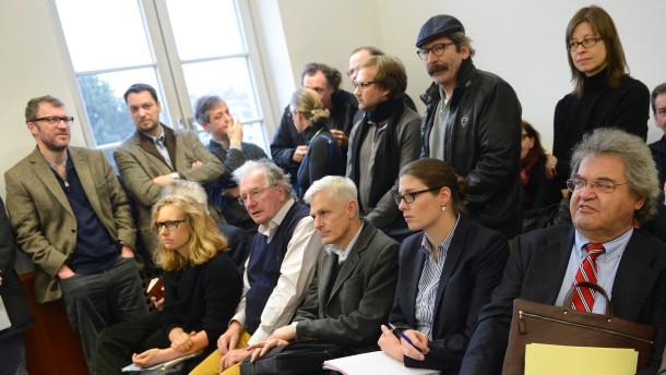 Gericht vertagt Suhrkamp-Verfahren