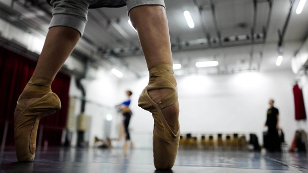 Wie lehrt man Tanz an der Schule?
