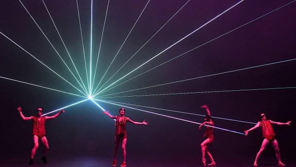 Wie choreographiert man den Brand eines Theaters?