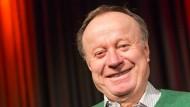 Nach dreißig Jahren auf der Kabarettbühne soll jetzt Schluss sein für Sinasi Dikmen.