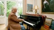 Am Flügel zu Hause: Justus Frantz im Mai 2009