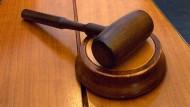 """Zum ersten Mal ist vor einem deutschen Gericht über das Wort """"Rabauke"""" verhandelt worden. Es gilt jetzt doch nicht als Beleidigung."""