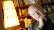 Kluger Psychoanalytiker und Therapeut der philosophischen Übertreibungsgesten: Odo Marquard (28. Februar 1928 bis 9. Mai 2015) im Jahr 2008 in seiner Wohnung in Gießen