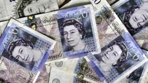 Brexit-Sorgen lassen Pfundkurs fallen