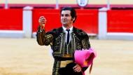 Twitter hält seine Kunst für sadistisch: Der spanische Stierkämpfer Morante de la Puebla im Juni 2021 in der Arena von Granada.