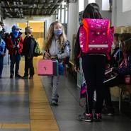 Was halten Kinder aus? In den Schulen müssen nun auch die Kleinsten Schutzmasken tragen, wie hier in einer Grundschule in Prag.
