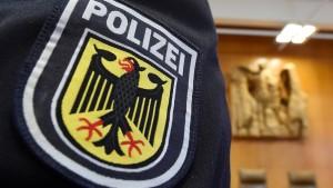 Soll die Polizei wahllos Dunkelhäutige kontrollieren dürfen?