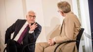 Losen statt wählen? Steinmeier im Gespräch mit David Van Reybrouck