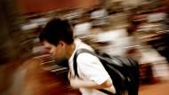 Viele Eltern nehmen Kinderstress kaum wahr