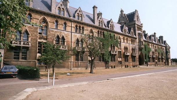 Universität Oxford