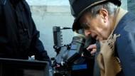 """Manoel de Oliveira im Dezember 2008 in Lissabon bei den Dreharbeiten zu """"Eigenheiten einer jungen Blondine"""""""