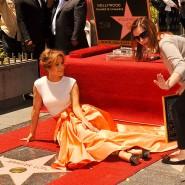Das Stargirl: Ana Martinez (rechts), hier bei der Verleihung an Jennifer Lopez 2013, gebietet über die Sterne.