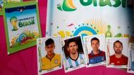 Fußball-Sammelbilder schüren die WM-Vorfreude