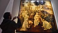 """In den Florentiner Uffizien wurde Leonardo da Vincis """"Anbetung der Könige"""" restauriert. Doch nicht nur Befürworter der Aktion meldeten sich zu Wort."""