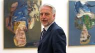 Martin Roth kündigte aus Protest seinen Posten in London. An dem präsidialen Regierungssystem Aserbaidschans nimmt er dagegen keinen Anstoß.