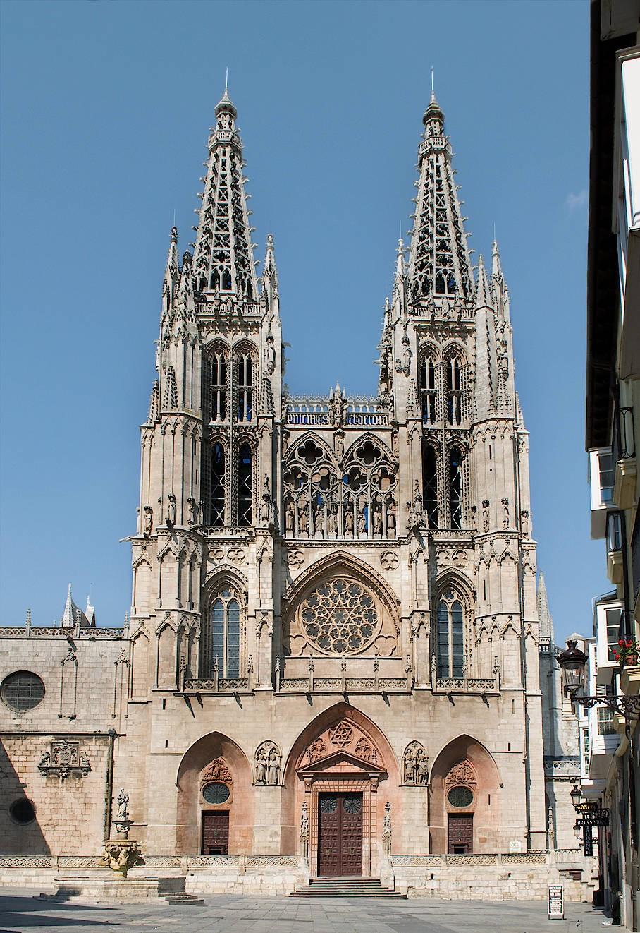 """Me losse de Dom in Burgos"": Die Westtürme der Kathedrale des Baumeisters Hans von Köln alias Juan de Colonia."