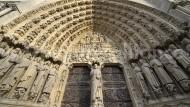Neues Buch über Notre-Dame: Einzug unterm Weltgericht
