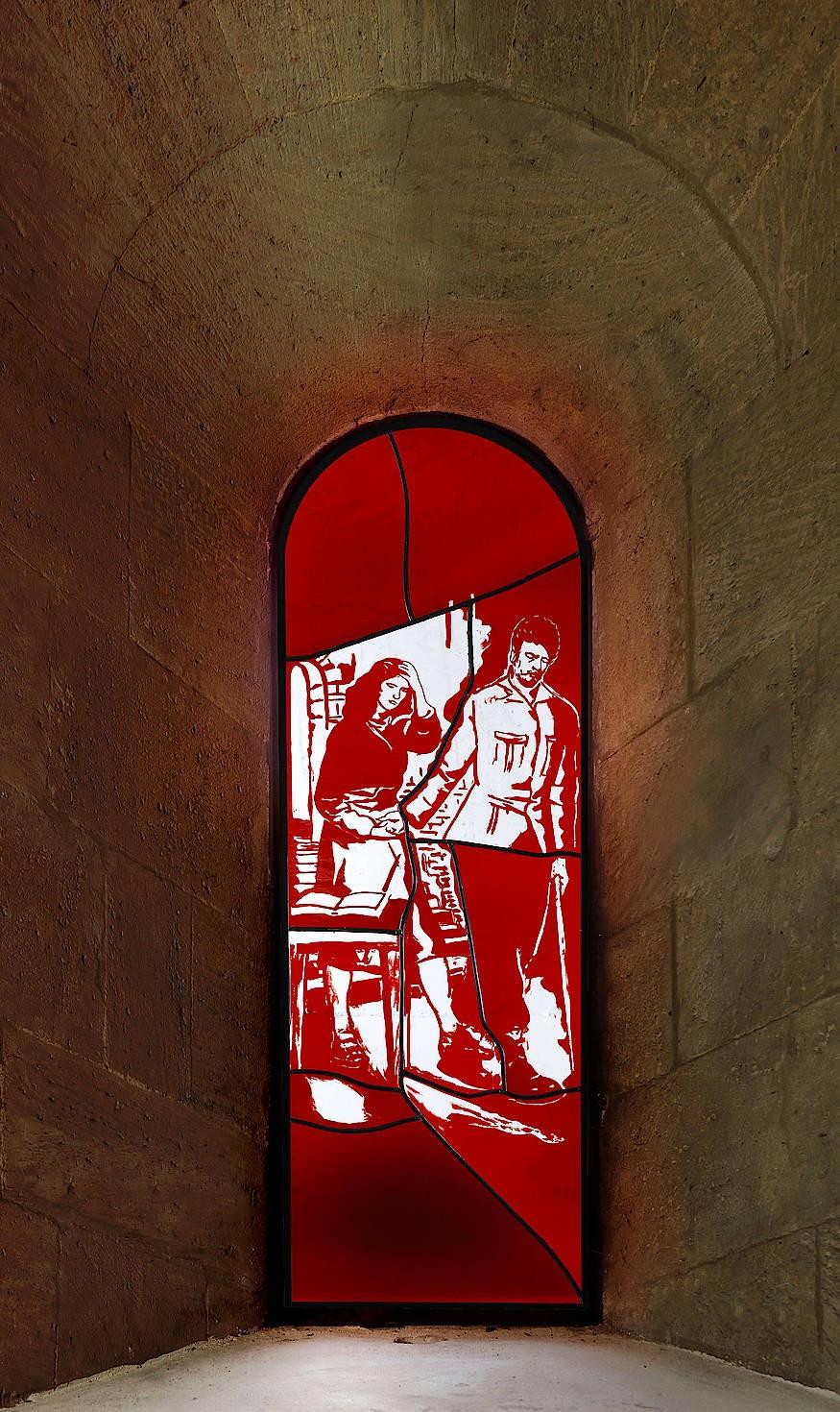 Neoleuchtreklame? Auf Neo Rauchs drei Kirchenfenstern für den Naumburger Dom trägt in der Darstellung des Abschieds der Heiligen Elisabeth von Thüringen von ihrem Gatten dieser einen Blindenstock.