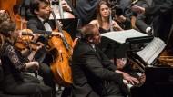 Spielt Rihm: Tzimon Barto mit dem Gustav Mahler Jugendorchester unter Christoph Eschenbach