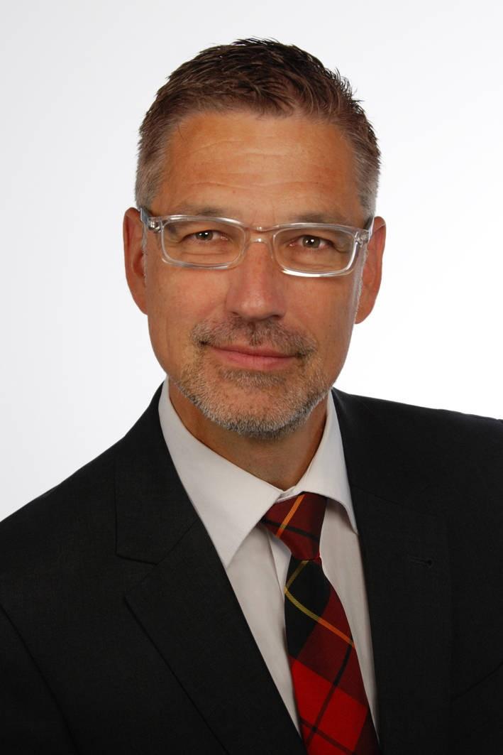 Reto Hilty ist geschäftsführender Direktor des Max-Planck-Instituts für Immaterialgüter und Wettbewerbsrecht in München. Er ist zudem Ordinarius an der Universität Zürich und Honorarprofessor an der Ludwig-Maximilians-Universität München