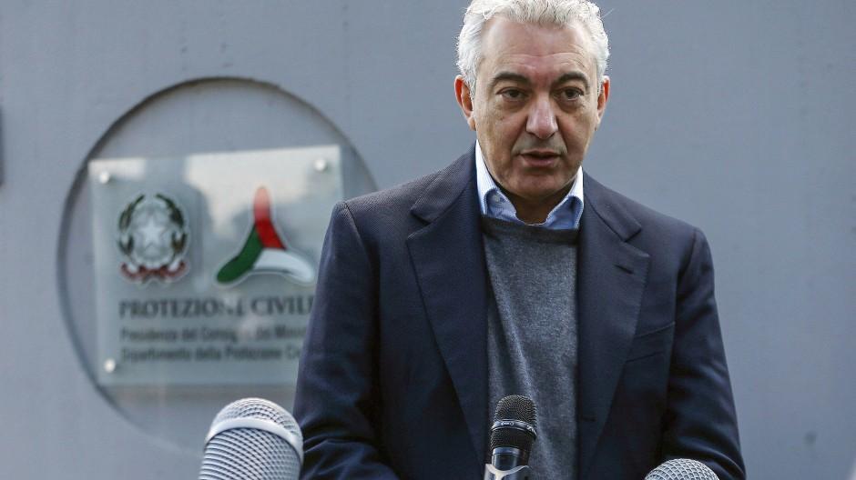 Er koordiniert den Einsatz lokaler, regionaler und nationaler Kräfte: Der außerordentliche Kommissar für den Kampf gegen die Pandemie, Domenico Arcuri.