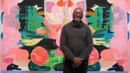 """Kerry James Marshall im Oktober 2016, vor dem Gemälde """"Untitled (Blot)"""" während seiner """"Mastry""""-Ausstellung im Met Breuer in New York."""