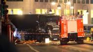 Ein LKW als Waffe: Der Berliner Breitscheidplatz kurz nach dem Anschlag.