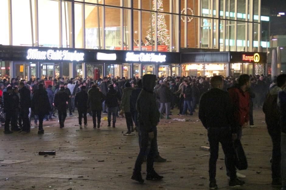 Silvesternacht in Köln: Der Vergleich mit dem Oktoberfest liegt nur für ideologisierte Betrachter auf der Hand.