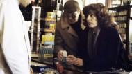 """Gestatten, Kriminaloberkommissarin Marianne Buchmüller: Nicole Heesters in dem """"Tatort"""" aus Mainz, der 1980 ausgestrahlt wurde und seither nicht mehr."""