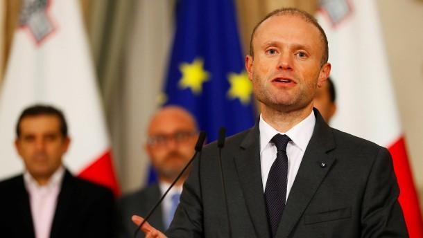 Muss Maltas Regierungschef zurücktreten?