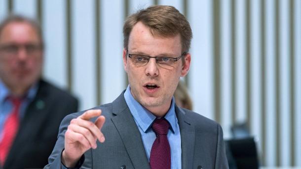 Dem AfD-Mann fällt zu ARD und ZDF nur Goebbels ein