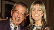 Ins Blitzlicht drängte es ihn nicht: Der Komponist Rod Temperton mit seiner Frau Kathy.