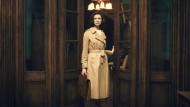 Es ist nur ein kleiner Schritt: Claire (Caitrionia Balfe) ist auf dem Weg ins achtzehnte Jahrhundert.