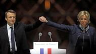 Gemeinsam sind sie ein Traumpaar: Emmanuel und Brigitte Macron.