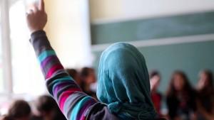 Weniger Muslime in Deutschland als angenommen