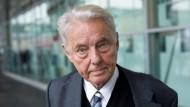 Beim Besuch der Frankfurter Buchmesse, 2008: Joachim Kaiser (1928 - 2017).