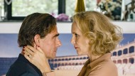 Das muss Liebe sein: Jacobi (Martin Feifel) macht reinen Tisch vor Dr. Slowinski (Juliane Köhler), allerdings nur was Verena Schneider betrifft.