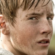 Er ist erst Vierzehn, im Erziehungslager wird ihm seine Jugend genommen: Wolfgang (Louis Hofmann) leistet Widerstand, solange er kann.