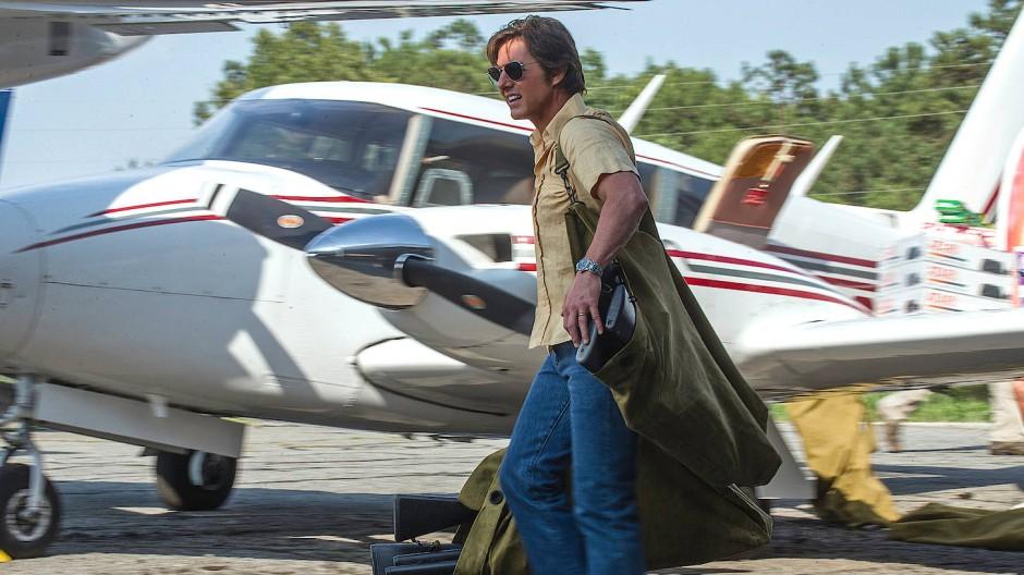 Auf dem Sprung: Barry Seal (Tom Cruise) hebt gleich ab.