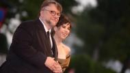 Der Meister und die gute Fee: Regisseur Guillermo del Toro mit der Schauspielerin Sally Hawkins.
