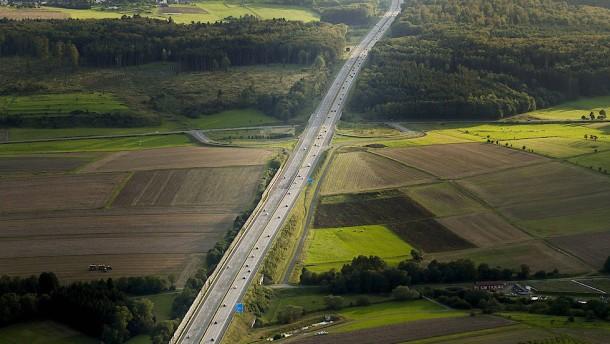 Was haben die Deutschen nur mit ihren Autobahnen?