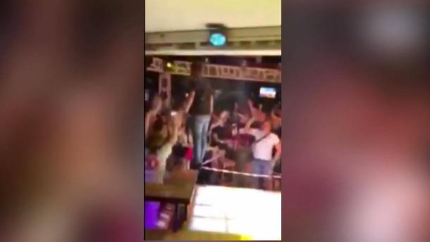 Corona-Party am Goldstrand