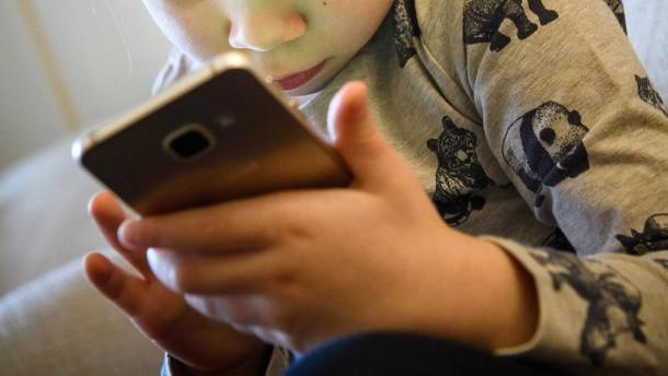 Wie wir Kinder im Netz besser schützen