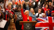 """Gegen sie ist Boris Johnson ein Waisenknabe: Emma Thompson spielt in """"Years and Years"""" die populistische Politikerin Vivienne Rook."""