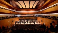 Glücklich: Die Bochumer Symphoniker an ihrem neuen Arbeitsplatz.