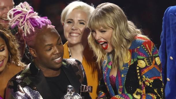 Preise für Billie Eilish, Taylor Swift und Ariana Grande
