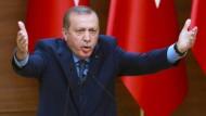 Für ihn gibt es Gülen-Anhänger, soweit das Auge reicht: der türkische Staatspräsident Recep Tayyip Erdogan.